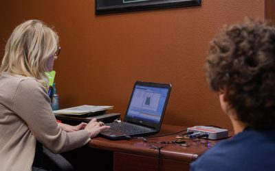 Reasons to See an Audiologist for Hearing Aid Adjustments